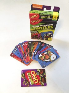 Teenage mutant ninja turtles version of Uno card game