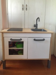 IKEA Duktig play kitchen without top hutch portion