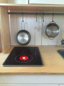 Light up burner on IKEA Duktig play kitchen stove