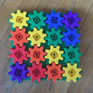 Rainbow color gears building set