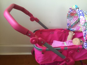 Adjustable handle on city deluxe doll stroller