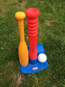 LIttle TIkes T Ball set with bat and ball holder