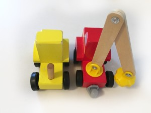 Connection types on Melissa and Doug wooden vehicles