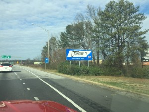 Welcome to Tennessee sign along interstate highway