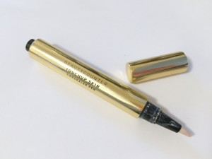 Beauty Counter Touchup Skin Concealer Pen in Fair shade