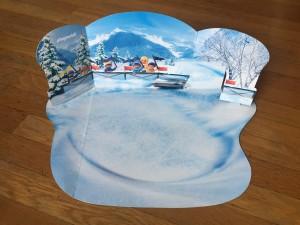 Fold up scene for NHL Playmobil Advent calendar