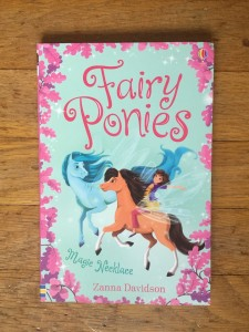 Fairy Ponies Magic Necklace beginning chapter book for kids by Zanna Davidson