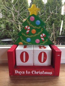 Countdown to Christmas homemade kids art project with two blocks showing zero days left remaining