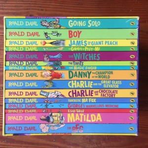 Roald Dahl 15 book set collection in gift box with titles visible