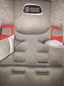 Shoulder harness strap slots on Evenflo evolve booster seat