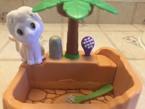 Crayola Scribble Scrubbies Safari Tub shower animal play set showing lion