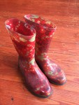 Sloggers Womens Waterproof rain and gardening boots in red paisley pattern