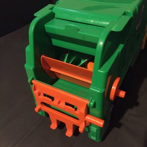 Androni Giacattoli Garbage recycling truck toy rear end with lift and swiveling