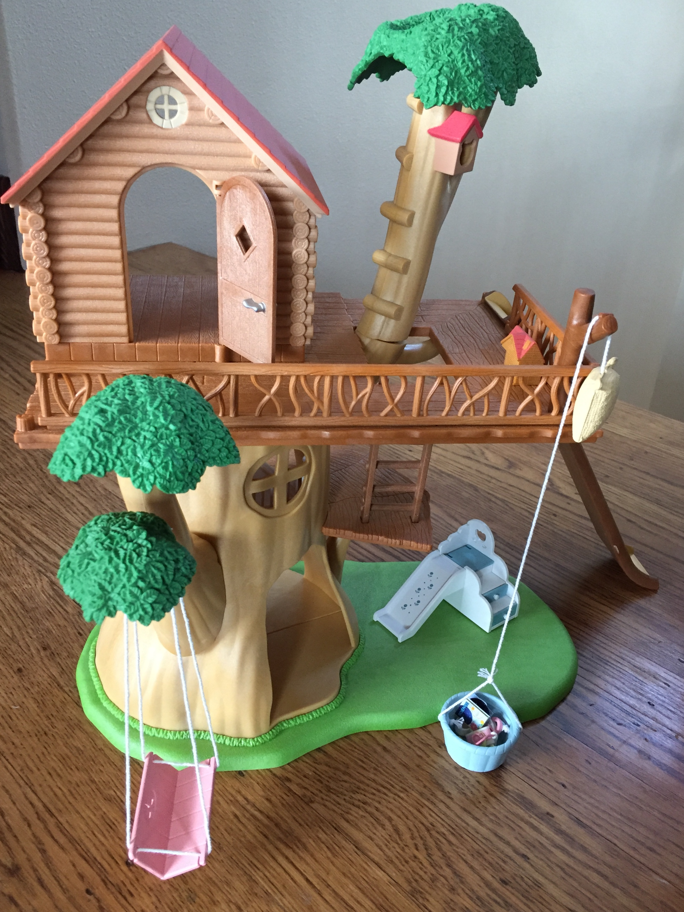 Calico Critter Adventure Tree House set up swing slide bucket with pulley