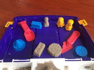 Kinetic Sand Folding Sand Box Set castle building carrying case with sand tools and molds