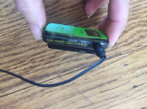 SanDisk Clip Jam micro SD card slot and ear buphone jack