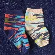 TeeHee Naartjie Kids Basic Cotton Crew Socks in camouflage patterens