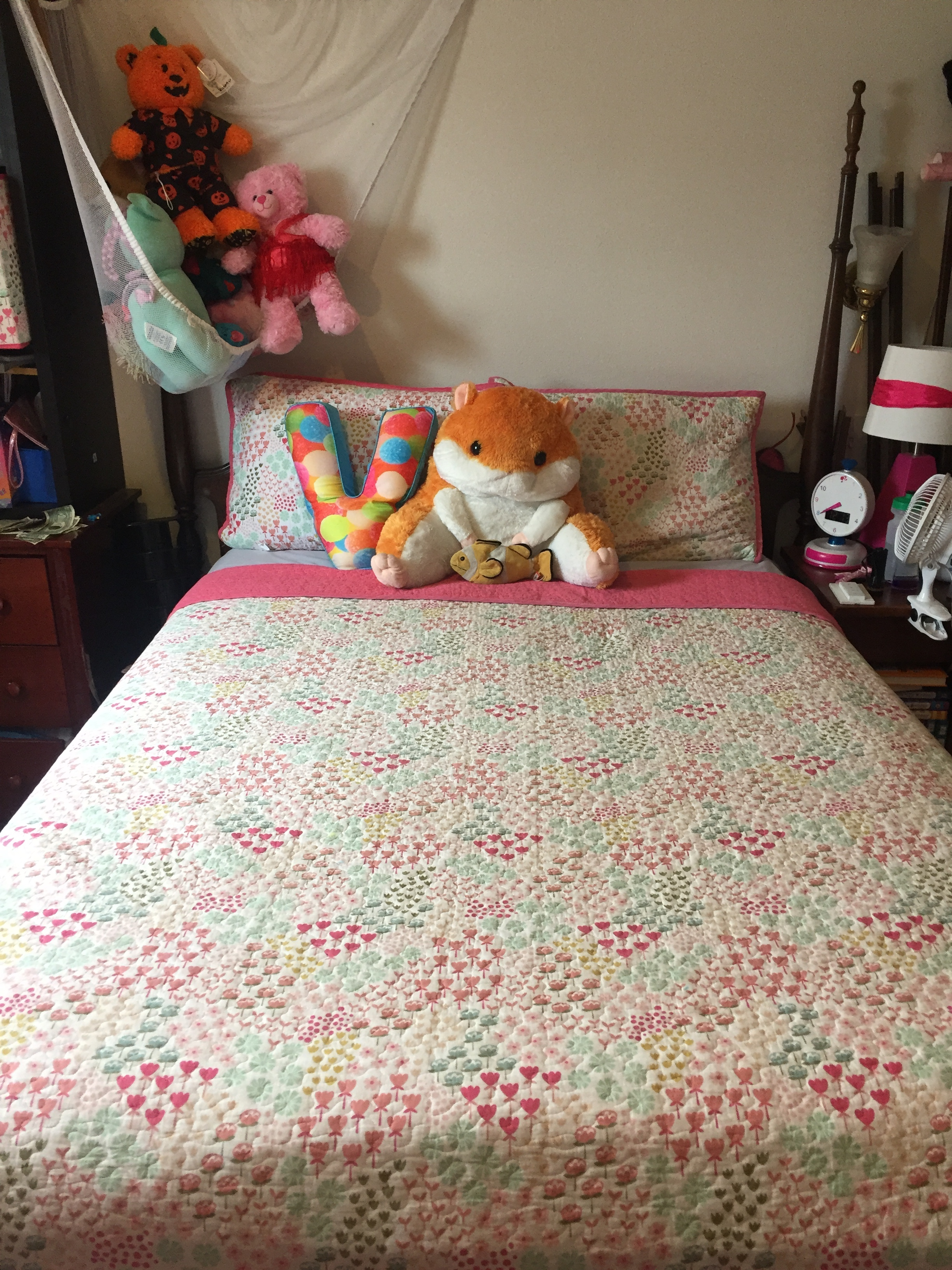 Pillowfort Fetching Florals comforter and shames from Target kids bedding decor collection