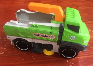 Matchbox Sweep and Keep truck picks up toys street sweeper