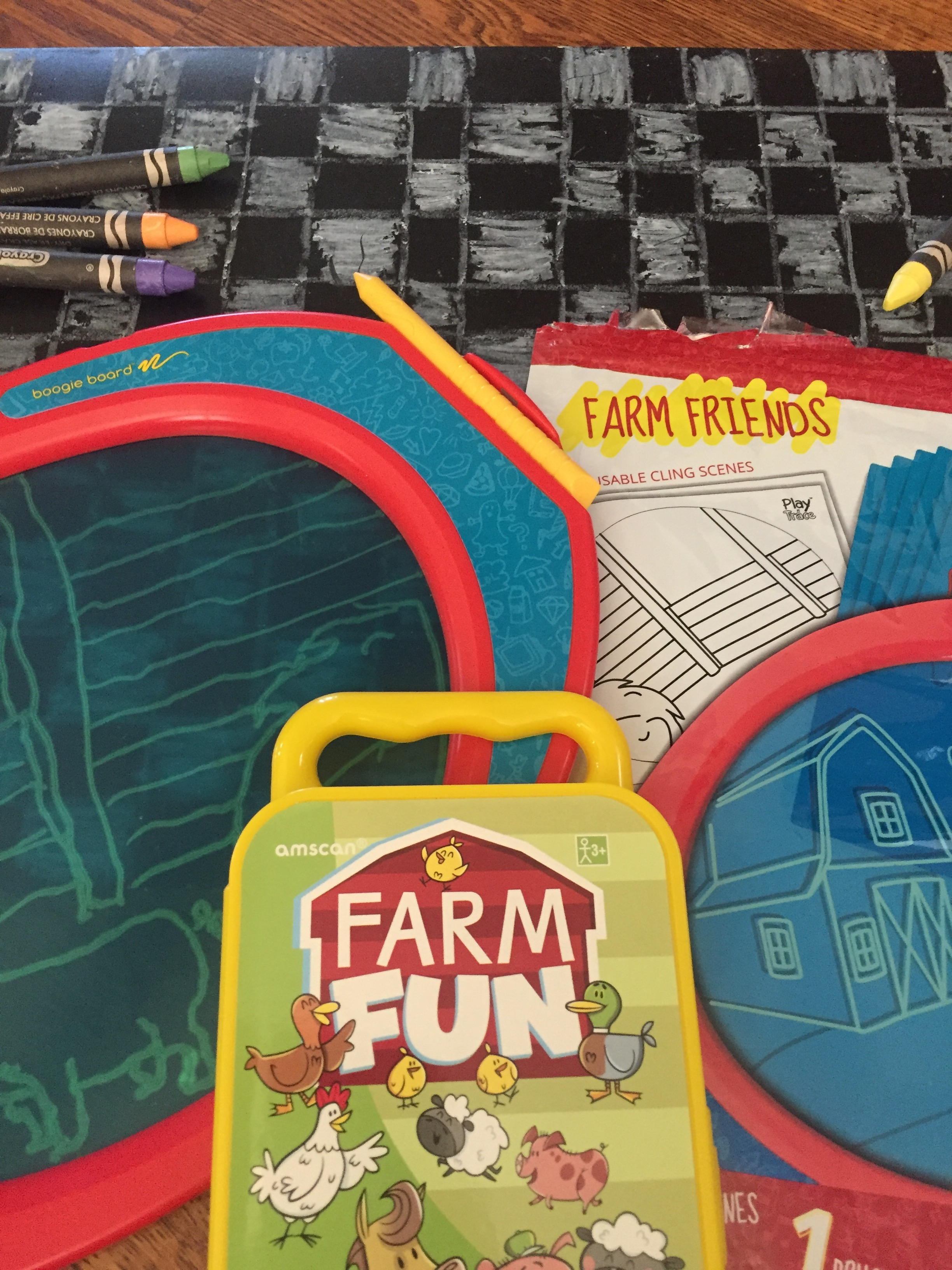 Amscan travel kits Farm Fun theme Boogie drawing board farm friends accessory pack and chalkboard placemats with chalkboard crayons