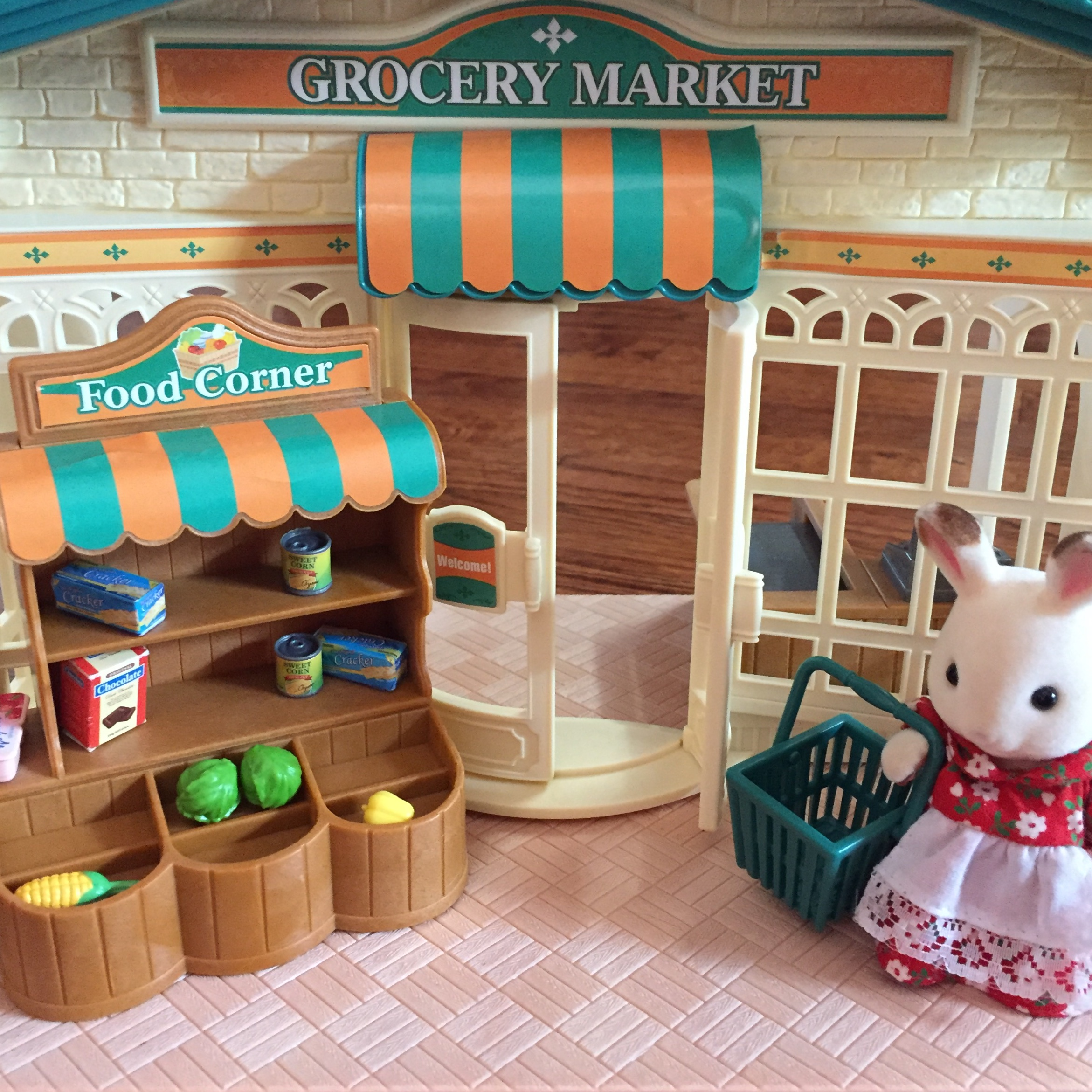 Calico Critter Grocery Market with bunny shopping at store