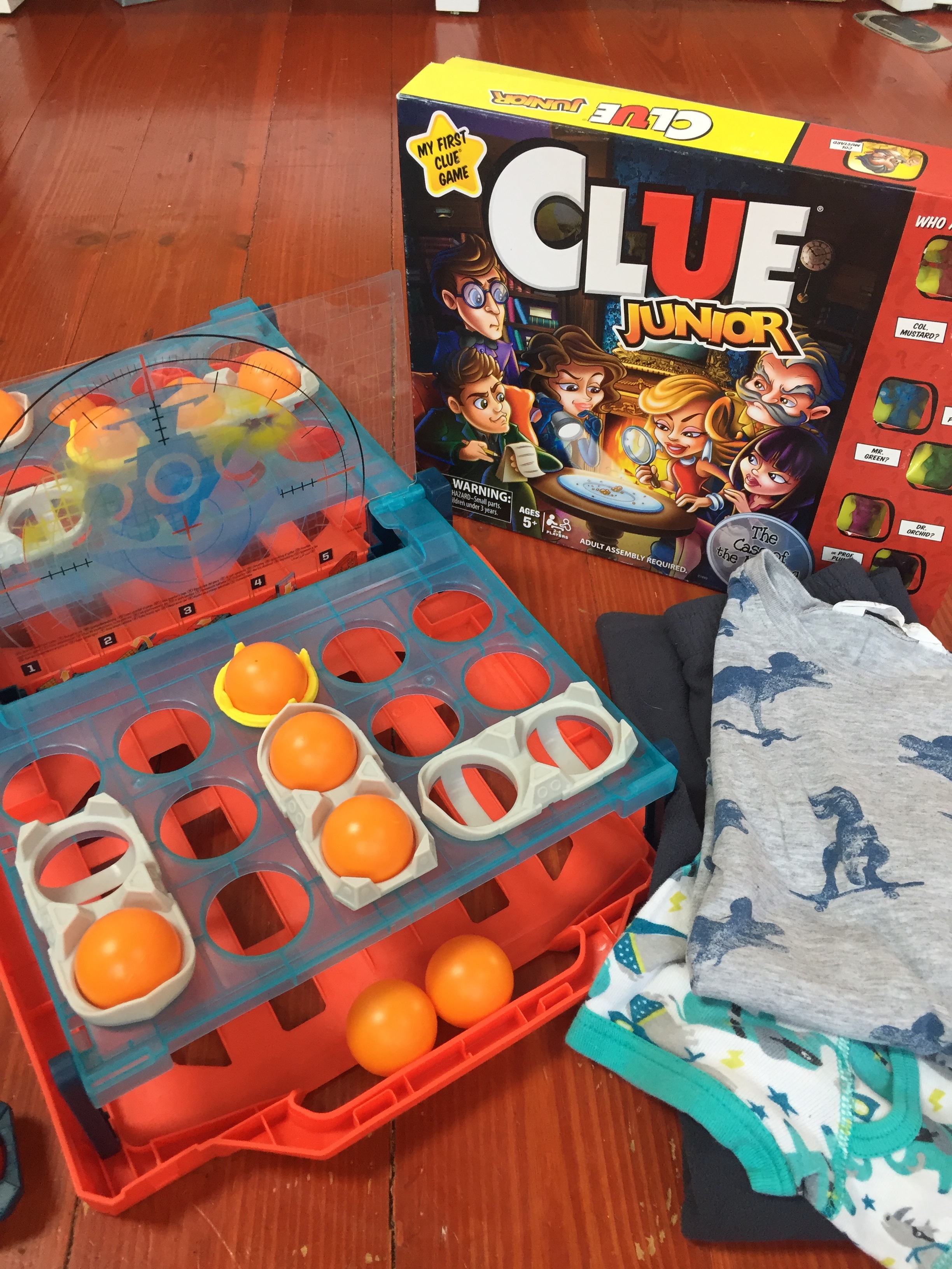 Clue Junior board game for kids, Battleship Shots