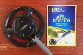 National Geographic Junior Metal Detector with instructions and learning guide booklet